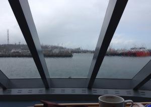 5anlöper hamnen i Helgoland