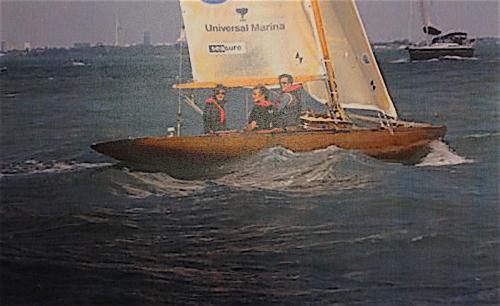 tre seglare på havet